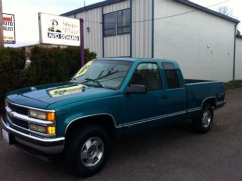 how petrol cars work 1995 chevrolet 1500 navigation system find used 1995 chevy 1 2 ton 1500 4x4 strong 350 engine runs and drives well in toledo