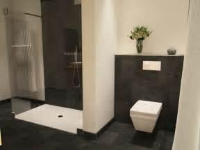 modernes badezimmer die besten 25 offene duschen ideen auf stein