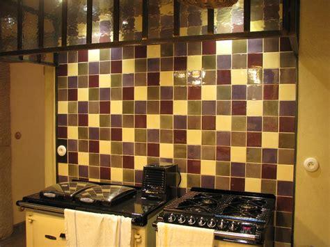 mod鑞e de cr馘ence pour cuisine stunning faience multicolore cuisine photos design