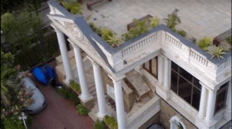 home pics srk s mannat features of shahrukh khan s home