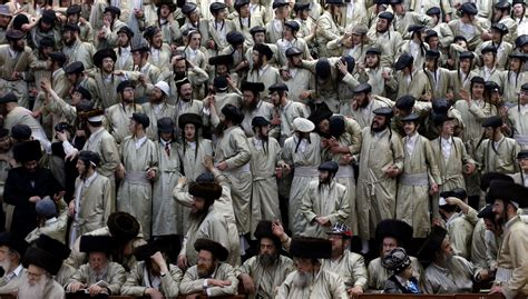 when is purim 2017 what the festival is all about