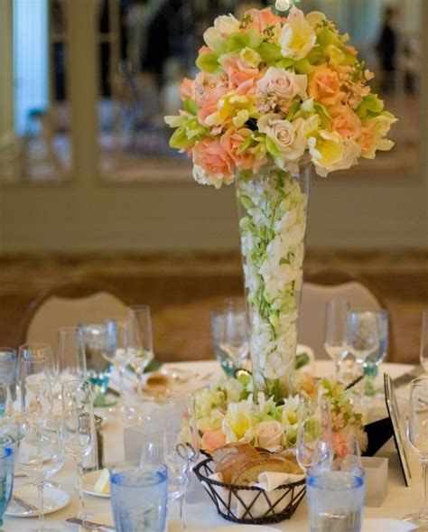 Vases For Centerpieces by 14 Large Glass Vase Centerpieces Tradesy Weddings