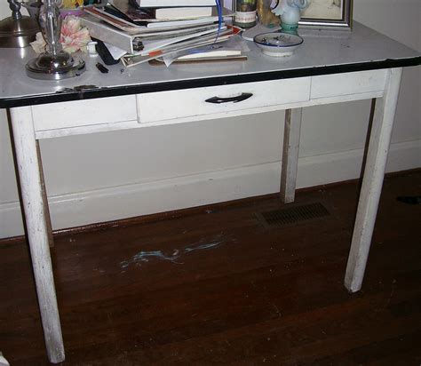 Enamel top kitchen tables enamel top kitchen tables
