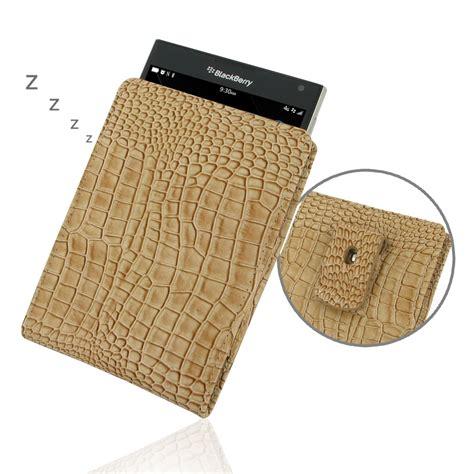blackberry passport pouch with belt clip brown croc