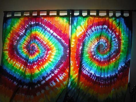 tie dye curtains diy best 25 tie dye bedroom ideas only on pinterest tie dye