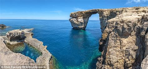 azure window before and after malta s landmark 164ft high azure window finally crumbles