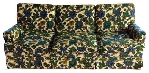 ethan allen floral sofa ethan allen vintage floral sofa 1 200 est retail