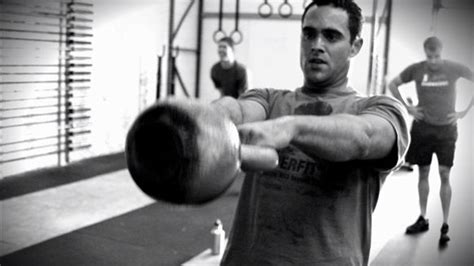 swing weight method complete kettlebell abs workout using top 5 movements