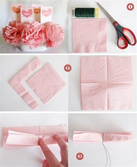 fiori di carta con tovaglioli come fare fiori con tovaglioli di carta fiori di carta