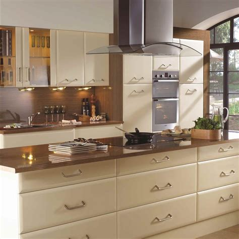 fitted kitchen cabinets fitted kitchens by canterbury kitchens kent fitted kitchens