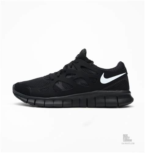 nike  run  blackwhite nice kicks