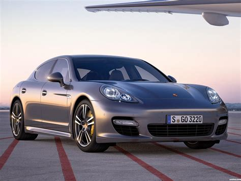 Porsche Panamera Turbo 2011 by Fotos De Porsche Panamera Turbo S 2011