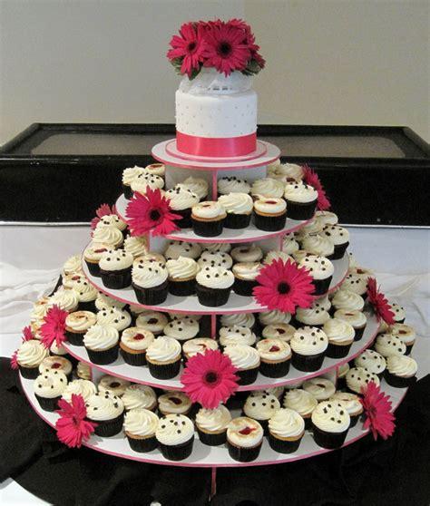 Wedding Cake And Cupcake Ideas by Wedding Cupcake Decorating Ideas Wedding And Bridal