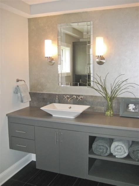 Grey Bathroom Ideas 1000 Ideas About Grey Bathroom Cabinets On Pinterest Gray Bathrooms Bathroom Cabinets And