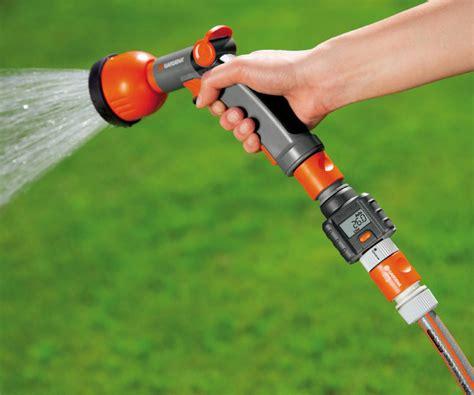 gardena garden hose water flow meter  green head