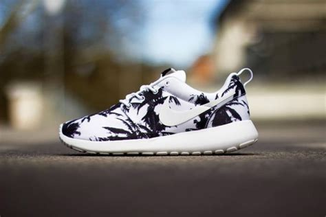 shoes nike running shoes bag palm tree print black and