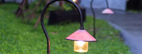 Landscape Lighting Installation Tips How To Install Landscape Lighting Diy Guide