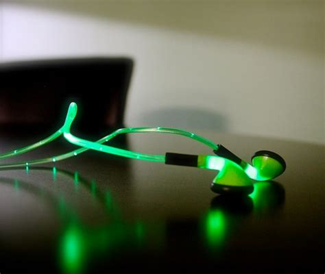 lights that pulse to music these headphones light up to the beat of your music rave