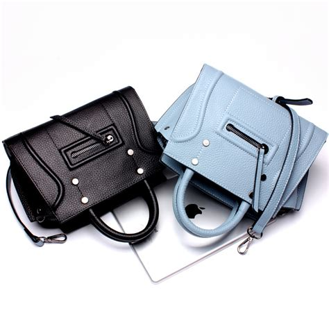 Import Bag 23xcm the new 2016 leather handbag import smiling bag
