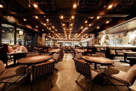 review ramusake esquire middle east
