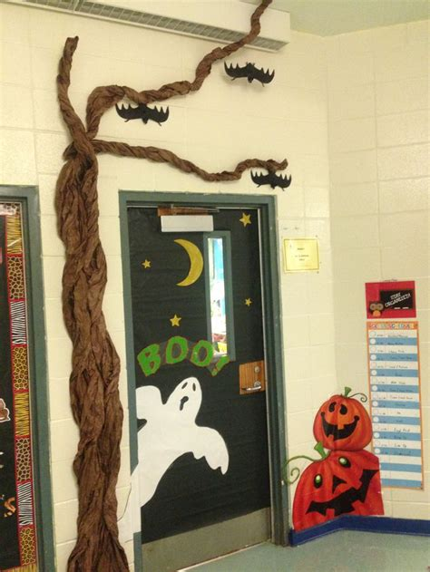 halloween themes for school 8 best board ideas halloween images on pinterest