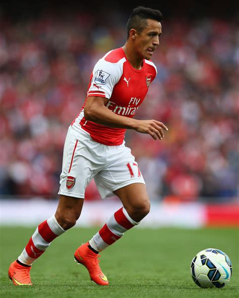 alexis sanchez arsenal alexis sanchez pictures arsenal v crystal palace zimbio