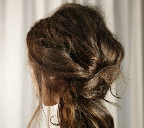 pintrest hair 10 gorgeous messy updos from pintrest stylecaster