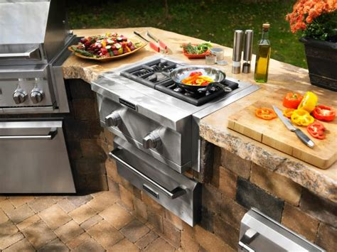 outdoor kitchens grilling and chilling in the great