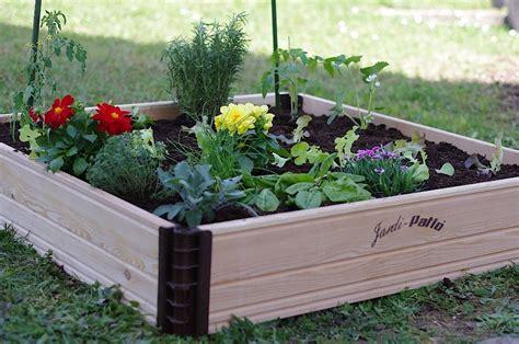 Faire Un Potager En Carrã Un Carr 233 Potager En Bois Pour La Terrasse Ou Le Jardin