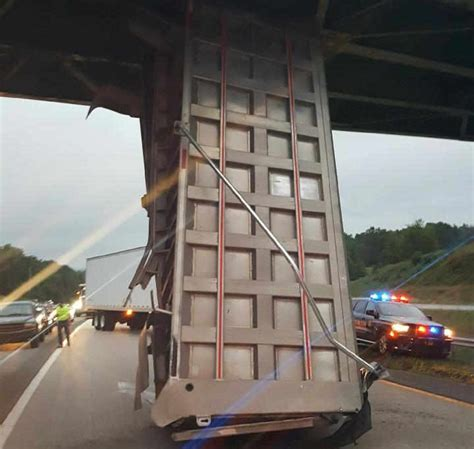 bed bridge wv metronews dump truck driver killed after bed strikes