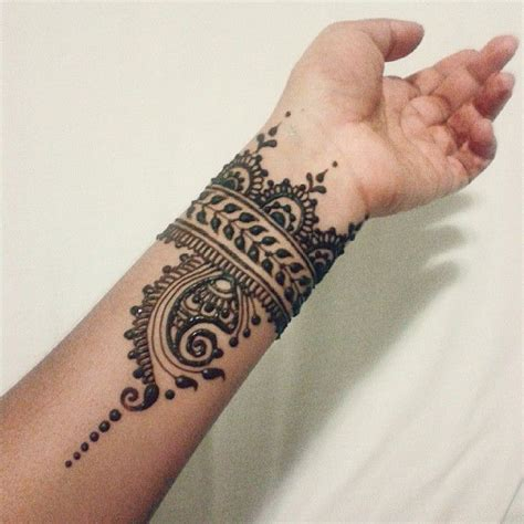 henna tattoo on arm best 25 henna arm tattoo ideas on pinterest henna arm