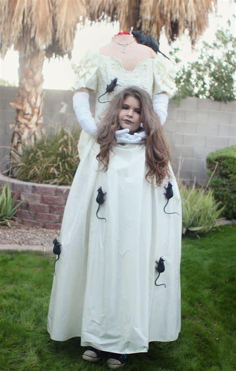 jill    crown     headless costume