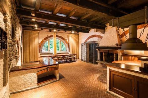 come arredare taverna progettare la taverna come scegliere i materiali ville
