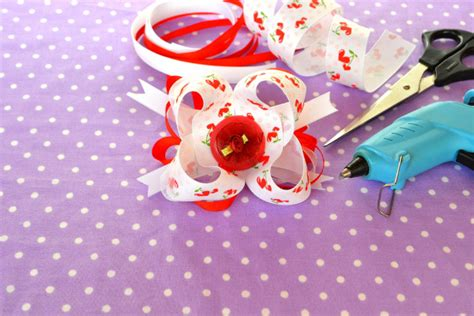 How To Make Hair Accessories At Home Easy by Diy Hair Accessories 5 Clever Diy Ideas Which Are So Easy