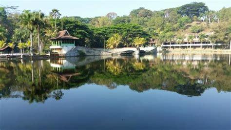 taman wisata lembah dieng malang indonesia review