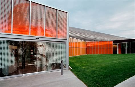 Illinois Institute Of Technology Design Mba by 2 215 4 Project Iit Mccormick Tribune Cus Center