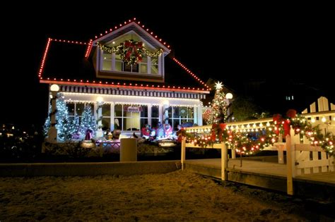 christmas outdoor roof lights lights and outdoor decorations