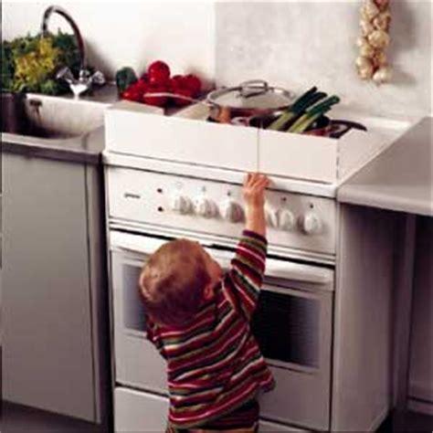 sicurezza bambini casa prodotti ed accessori per una casa sicura per proteggere