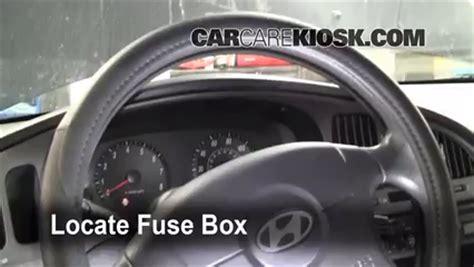 automotive repair manual 2001 hyundai elantra seat position control interior fuse box location 2001 2006 hyundai elantra 2005 hyundai elantra gls 2 0l 4 cyl