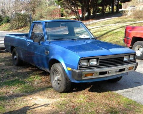 dodge mitsubishi truck sell used 1985 dodge ram d50 diesel pickup truck