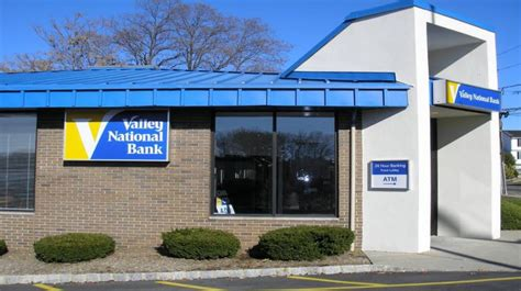 Valley National Bank Gift Card - associated bank review 50 to 500 bonuses for checking accounts