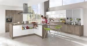 decke abdeckung le nowoczesna stylowa kontrasty w kuchni 10 pomys蛯 243 w