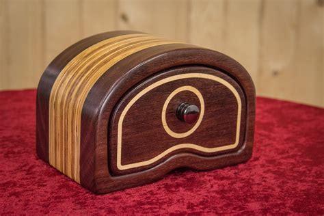 drunken woodworker how to make a bandsaw box make something