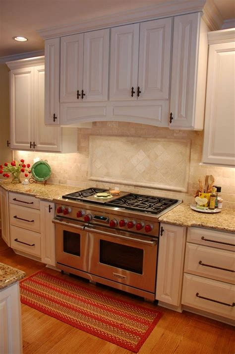 Kitchen Designs With Islands And Bars by New Venetian Gold Granite Grace Style And Stunning