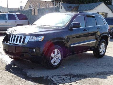wrecked black jeep grand cherokee sell new 2011 jeep grand cherokee laredo damaged salvage