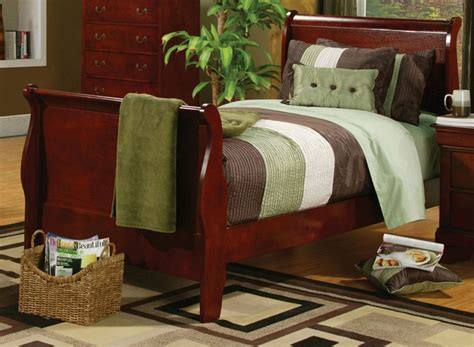 poundex f9231 louis philippe sleigh bedroom set louis philippe collection 200431y cherry sleigh youth