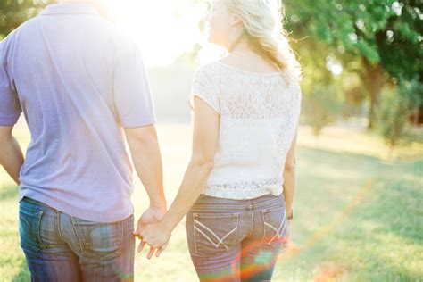 ideas for photos beth jeremy a vineyard engagement shoot the sweetest occasion the sweetest occasion