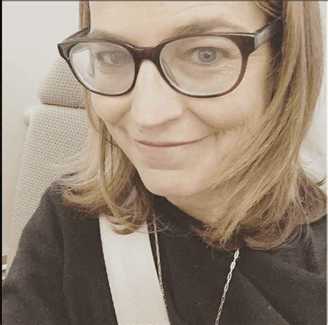 savannah guthrie lipstick celebrities without makeup instagram selfies