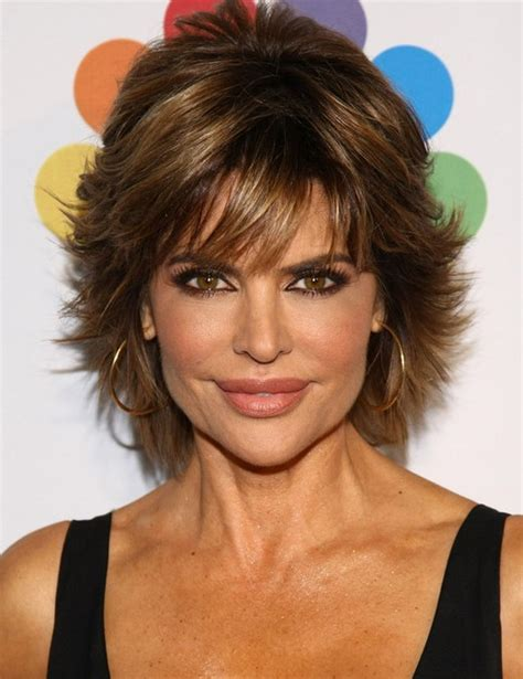 lisa rinnacurrent haircolir 2014 lisa rinna s short hairstyles pretty textured