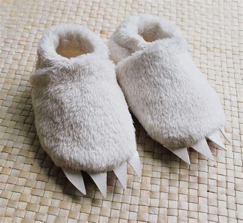 wolf slippers adults wolf slippers adults 28 images dinosaur slippers for